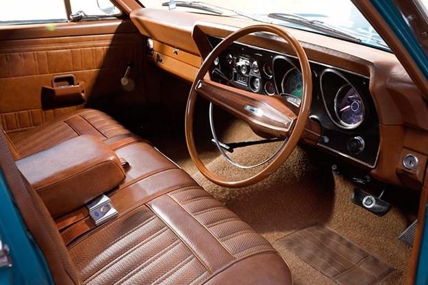 ford-falcon-interior.jpg