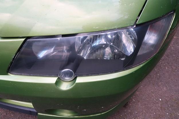 holden-ute-headlight-2.jpg