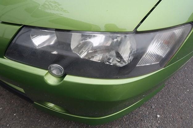 holden-ute-headlight.jpg