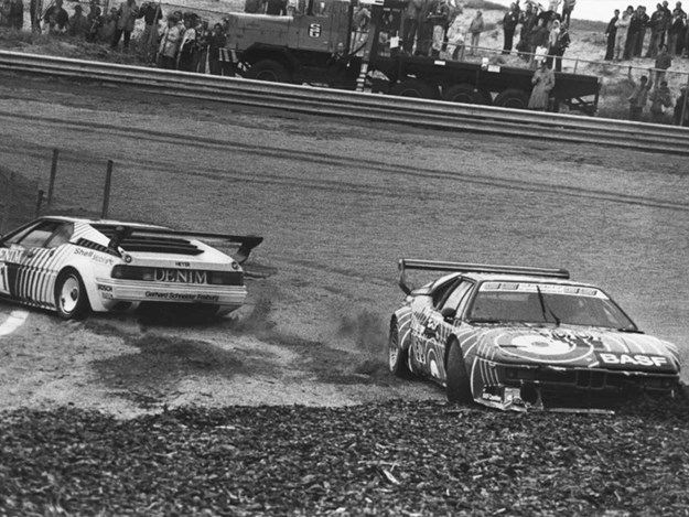 M1-Procar-racing-incident.jpg
