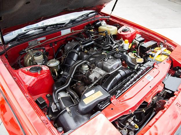 Toybox-Supra-engine.jpg
