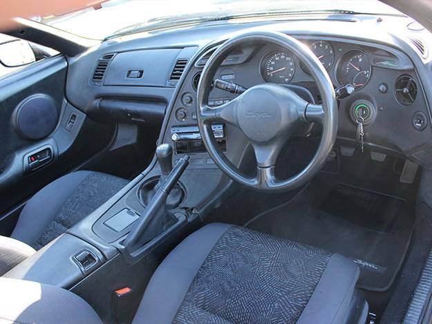 1997-Supra-interior.jpg