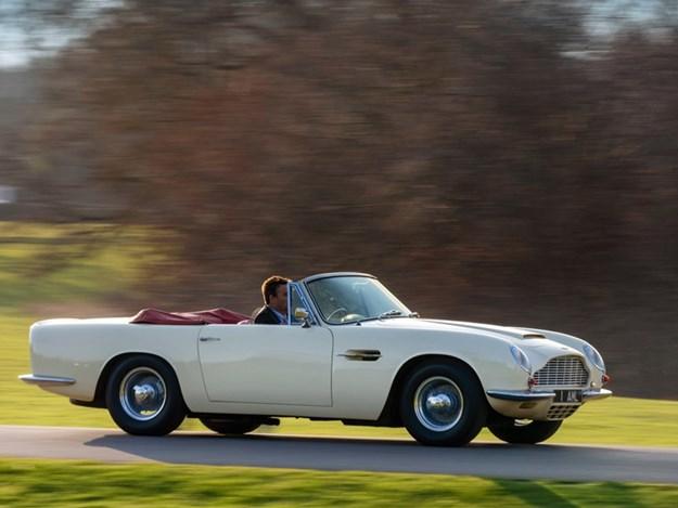 Aston-Martin-Cassette-EV-front-rolling.jpg