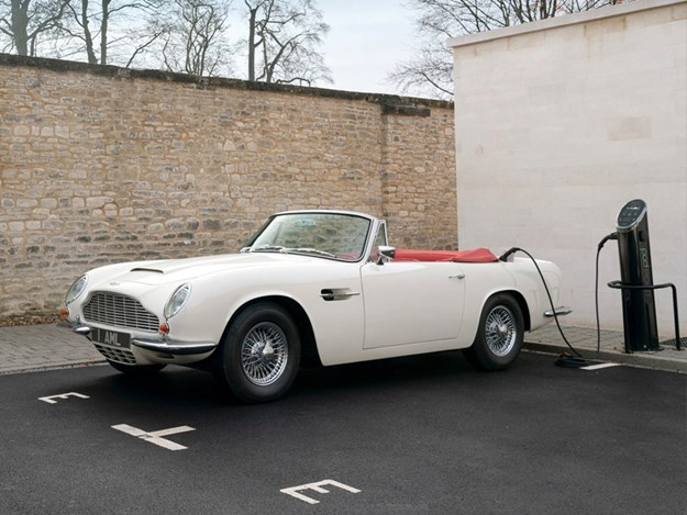 Aston-Martin-Cassette-EV.jpg