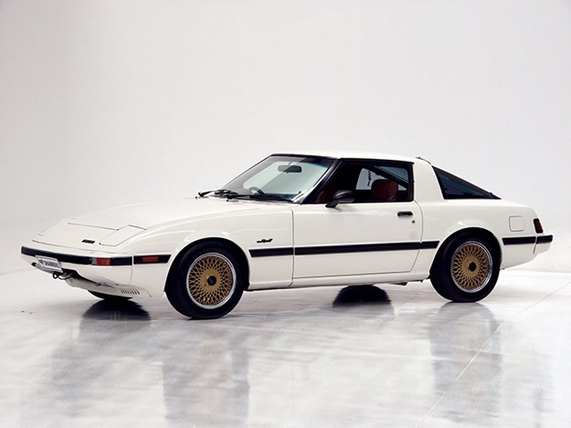 Shannons-Summer-auction-Mazda-RX7.jpg