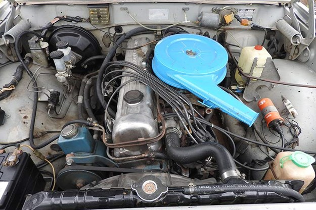datsun-260c-engine-bay.jpg