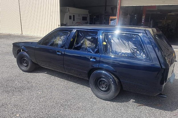 holden-vh-commodore-wagon-resto-3.jpg