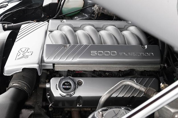 holden-vn-ss-engine-bay-2.jpg