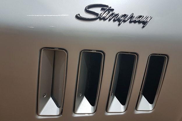 corvette-stingray-17.jpg