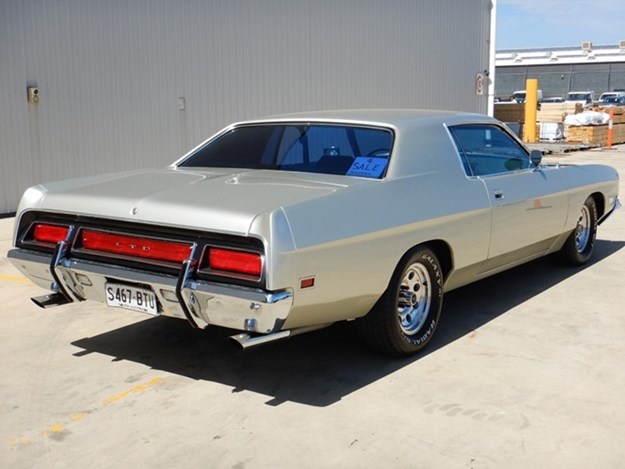 Grays---Ford-LTD-rear.jpg