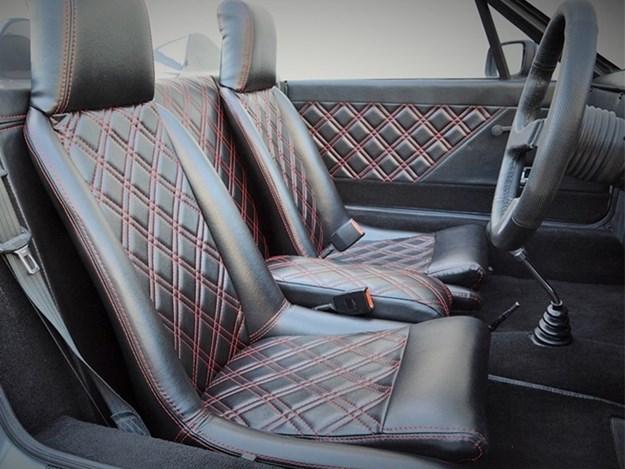 Grays---Porsche-Monterey-interior.jpg