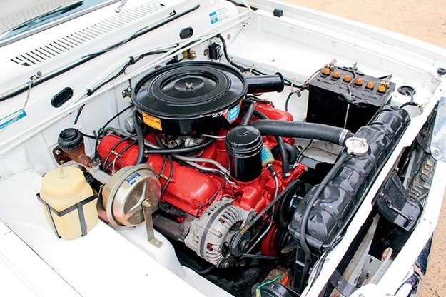 chrysler-wayfarer-ap6-ute-engine-bay.jpg