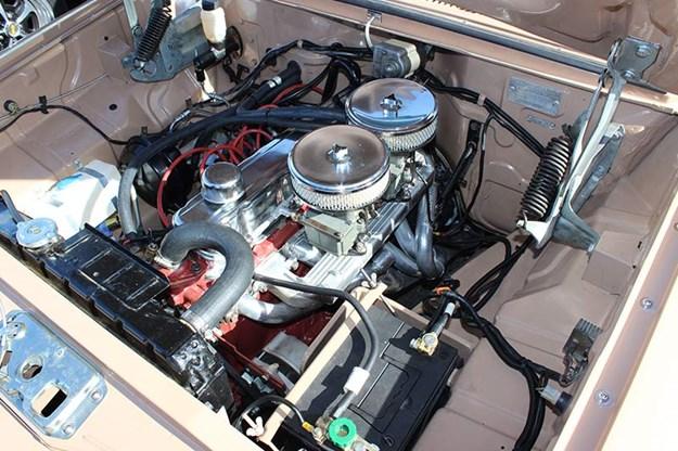holden-eh-engine-bay-2.jpg