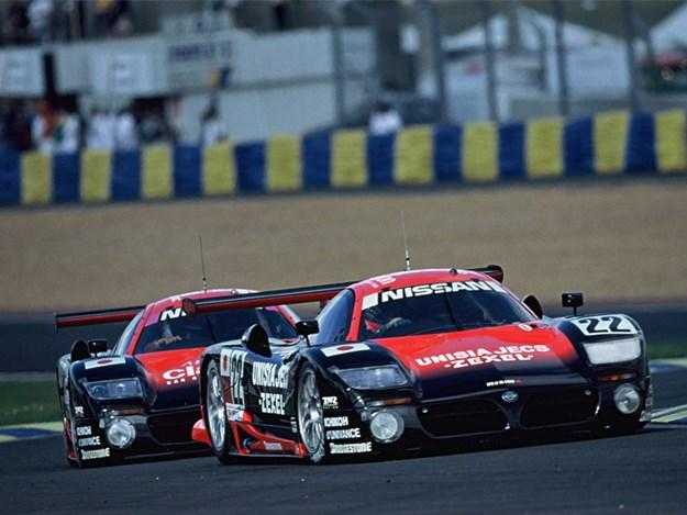 Nissan-R390-race-1997.jpg