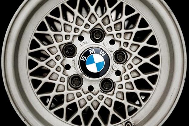 bmw-e24-wheel.jpg