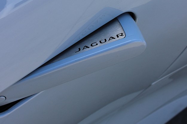 jaguar-door-handle-2.jpg