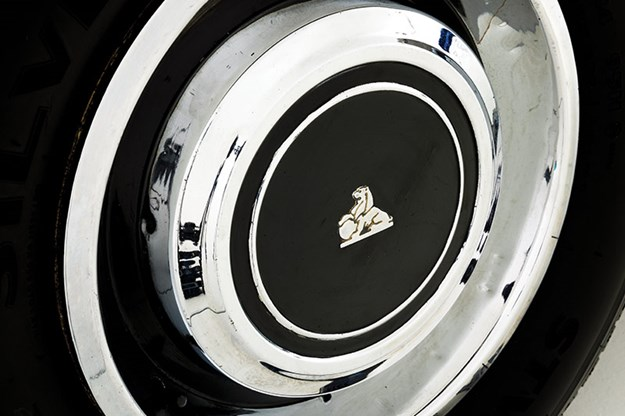 holden-hq-wheel.jpg