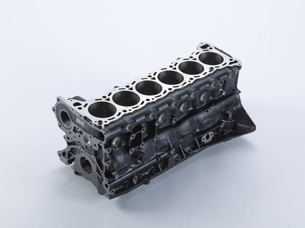 Nismo-heritage-parts-expansion-RB26-short-block.jpg