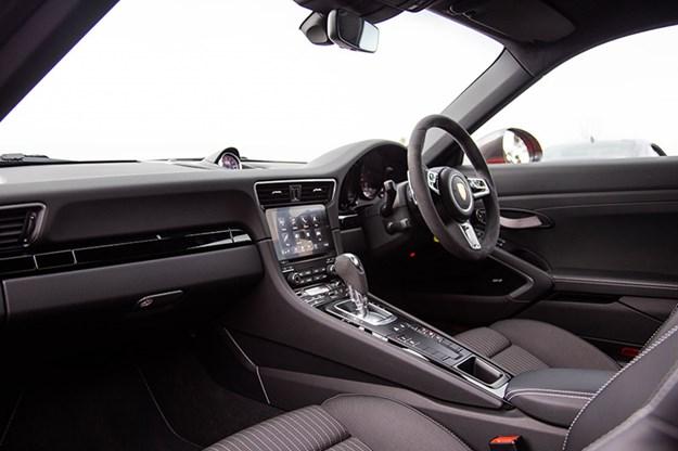 porsche-911-interior.jpg