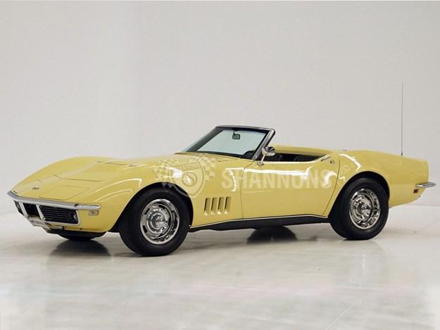 5-cars-to-buy-at-shannons-Corvette.jpg