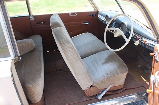 alfa-romeo-6c-seats-2.jpg