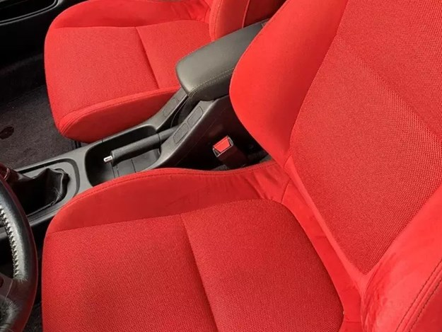 Time-Capsule-Type-R-red-seats.jpg
