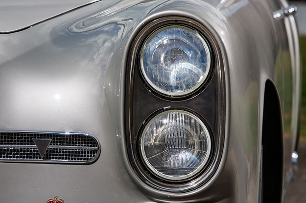 alvis-drophead-coupe-headlight.jpg