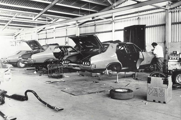 ford-phase-falcons.jpg