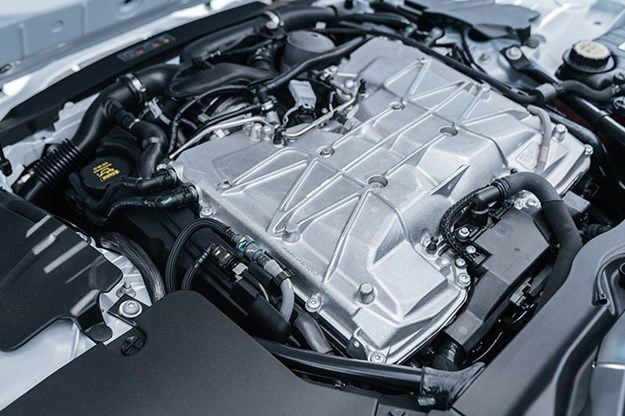 jaguar-f-type-svr-engine-bay.jpg