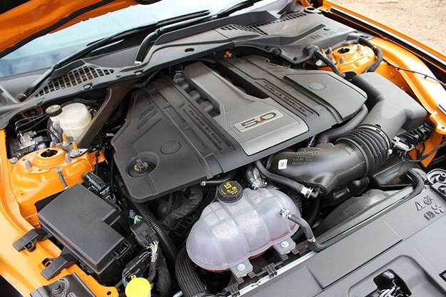 ford-mustang-gt-engine-bay.jpg