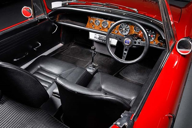 sunbeam-tiger-interior-3.jpg