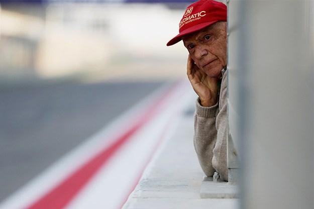 Vale-Niki-Lauda-pit-lane.jpg