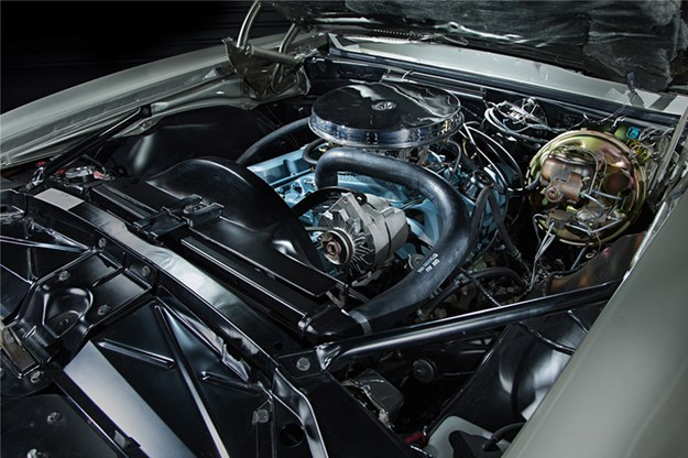 1st-two-firebirds-coupe-engine.jpg
