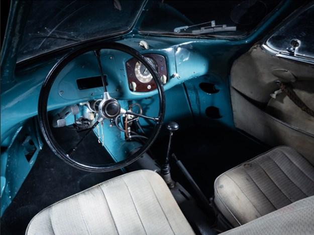 Porsche-Typpe-64-interior.jpg