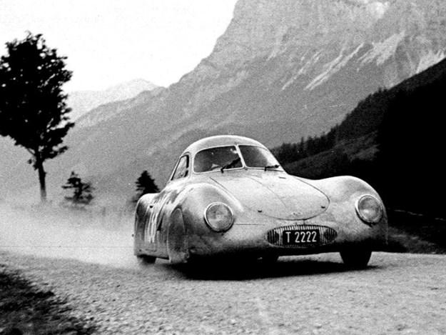 Porsche-Typpe-64-period-front-quarter.jpg