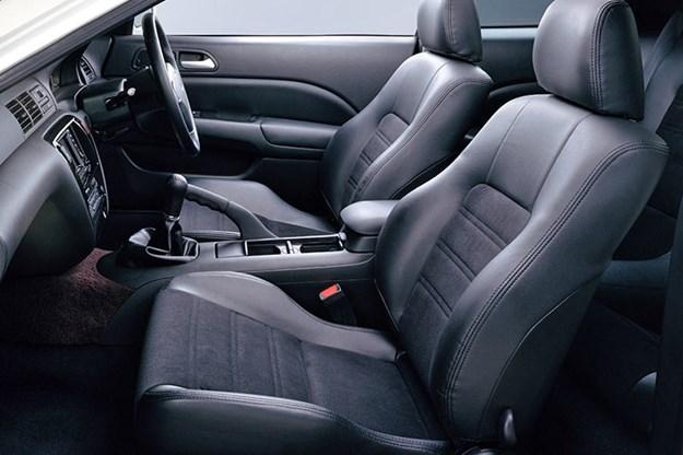 honda-prelude-interior.jpg