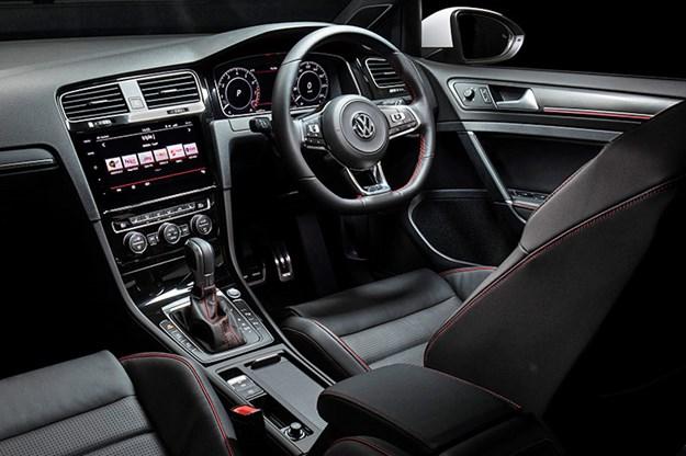volkswagen-golf-gti-interior.jpg