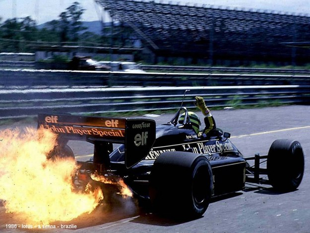 Senna-Steering-Wheel-for-Auction-1986-brazil.jpg
