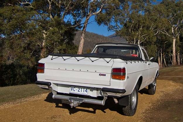 ford-falcon-xy-utility-rear.jpg