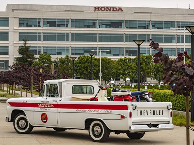 Honda-Chevy-rear.jpg