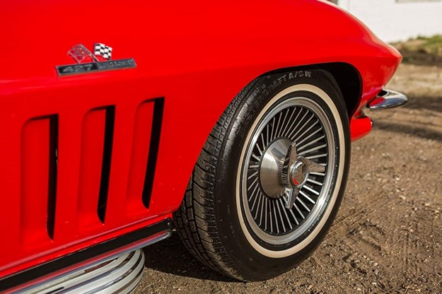 corvette-c2-wheel.jpg