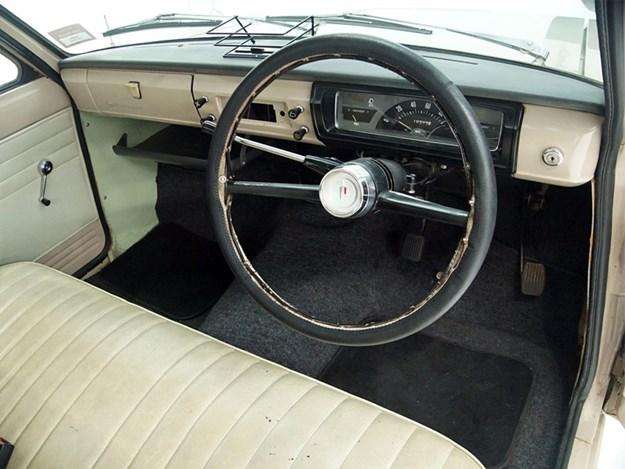 Shannons-Datsun-ute-interior.jpg
