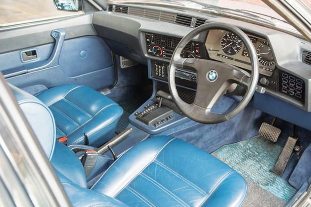 bmw-635-interior.jpg