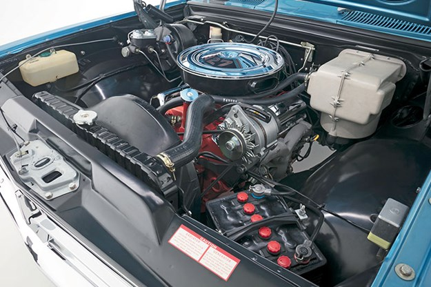 holden-hk-monaro-engine-bay.jpg
