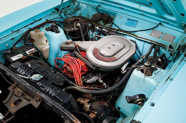 ford-falcon-xc-engine-bay.jpg