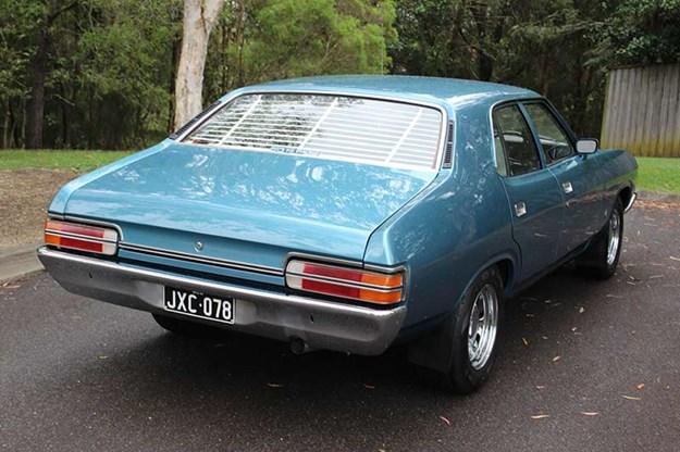 ford-falcon-xc-rear.jpg