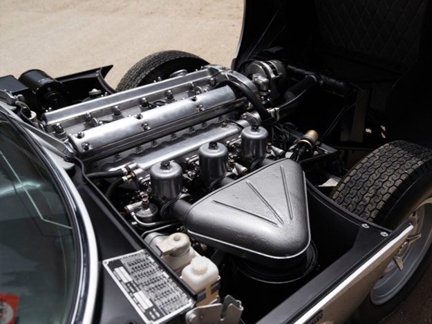 Bertone-Pirana-engine.jpg