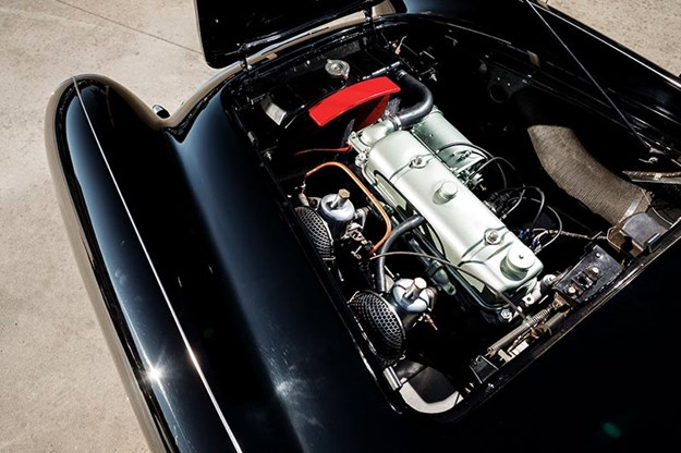 asutin-healey-engine.jpg