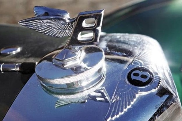 bentley-bonnet-emblem.jpg