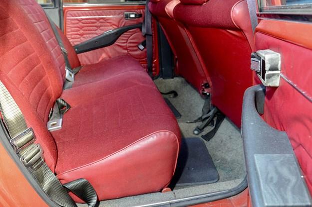 citroen-gs-rear-seats.jpg